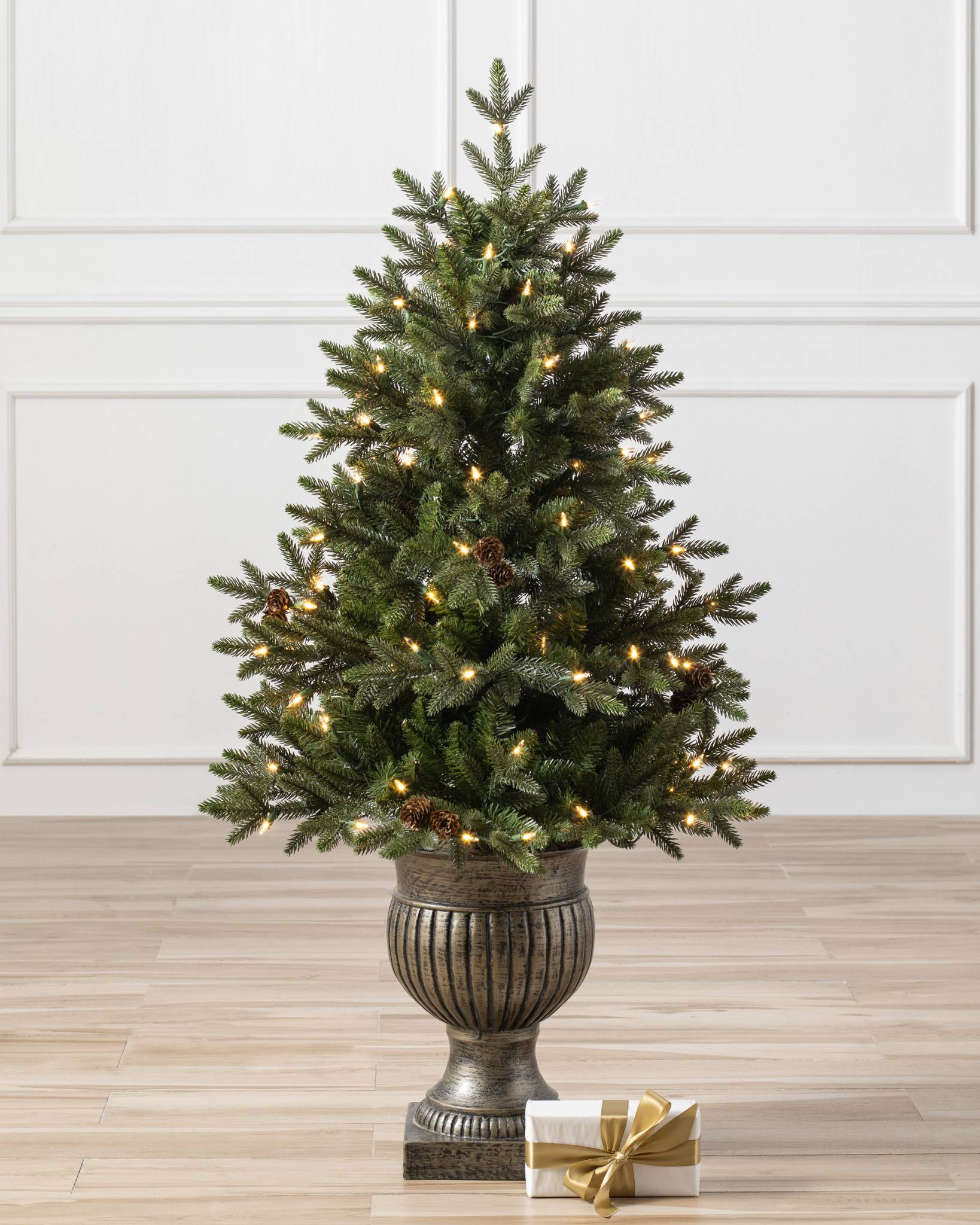 Greenwich Estates Pine Artificial Christmas Tree | Balsam Hill