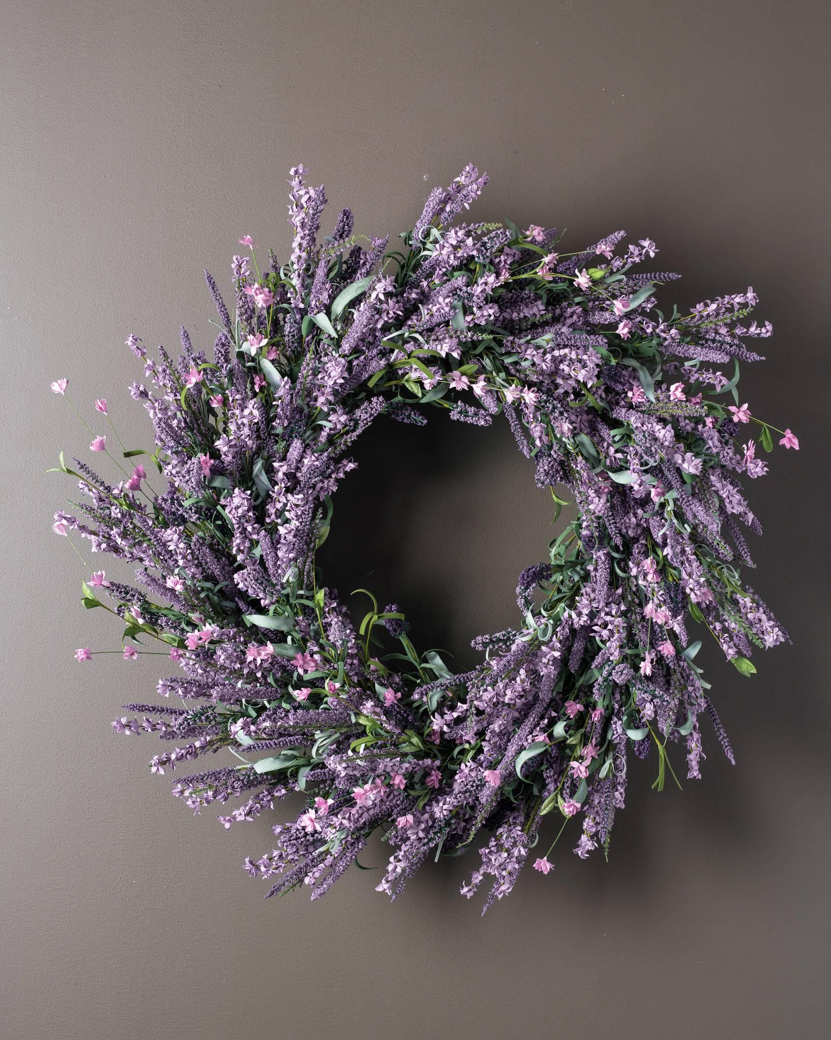 ... Provencal Lavender Wreath ...