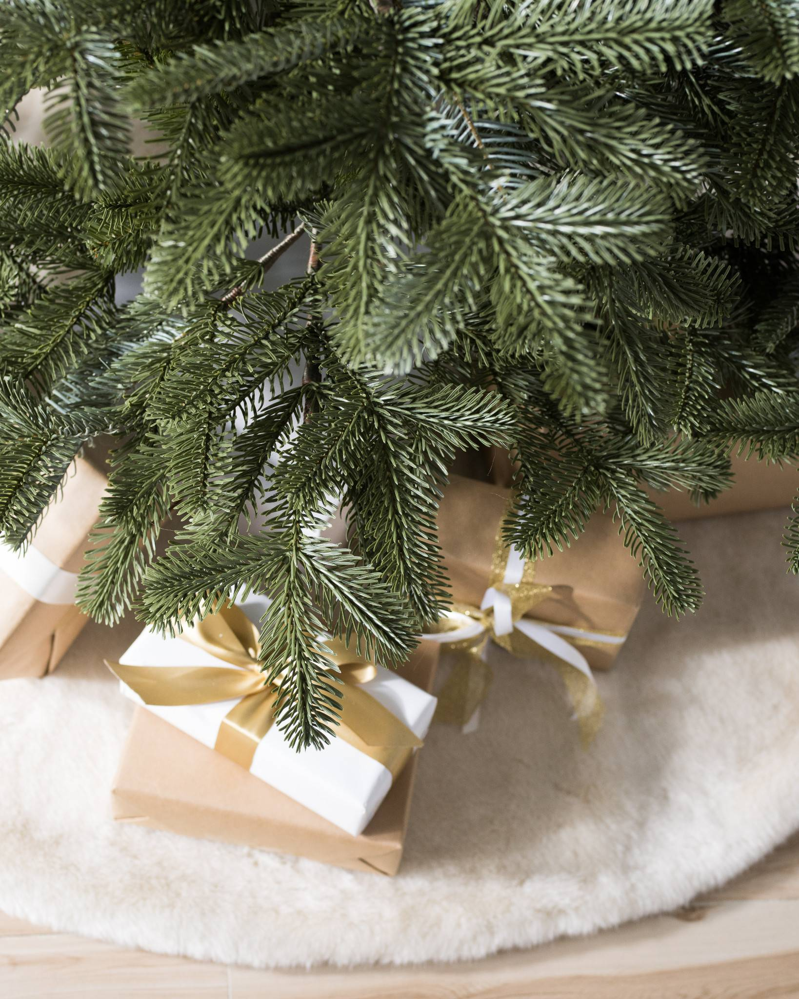 100 Balsam Hill Artificial Christmas Trees Sanibel