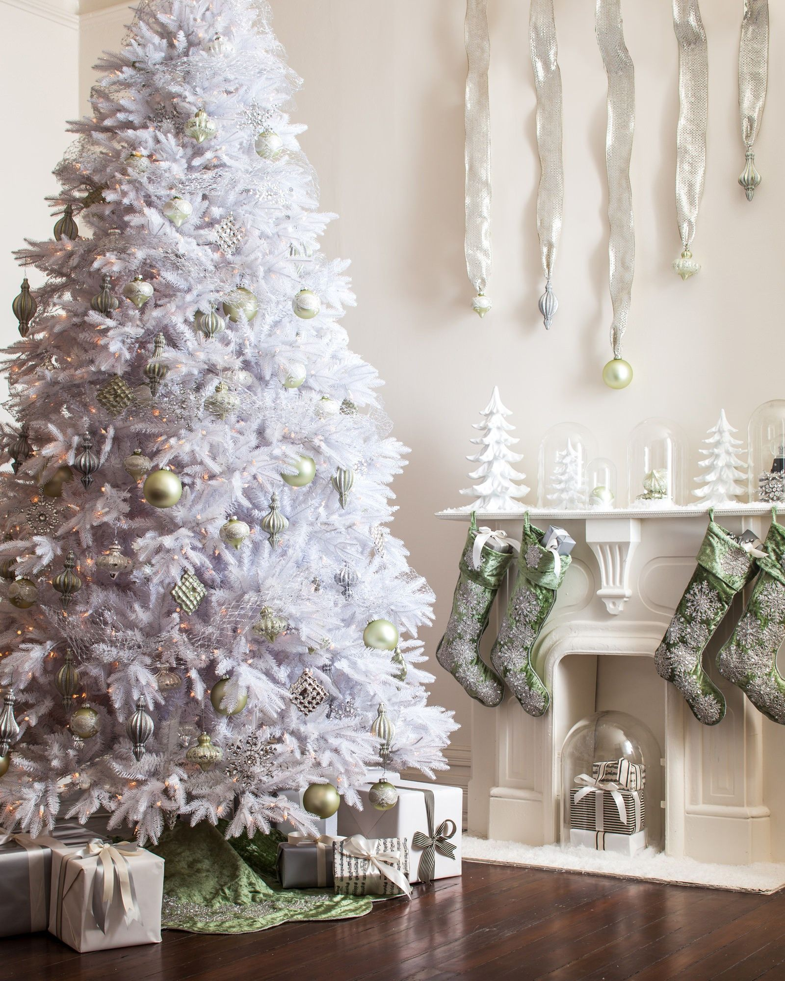 Sage Velvet Snowflake Tree Skirt