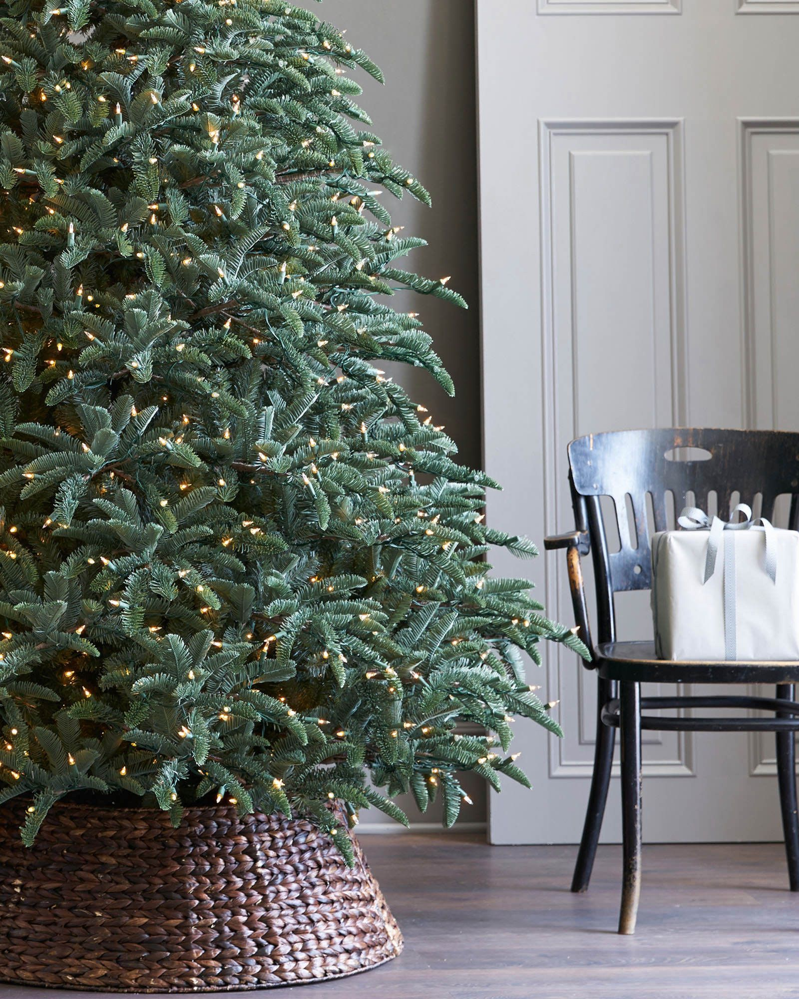 100 Noble Fir Unlit Artificial Christmas Tree  : NOB N 9 from stwoolf.com size 1600 x 2000 jpeg 501kB