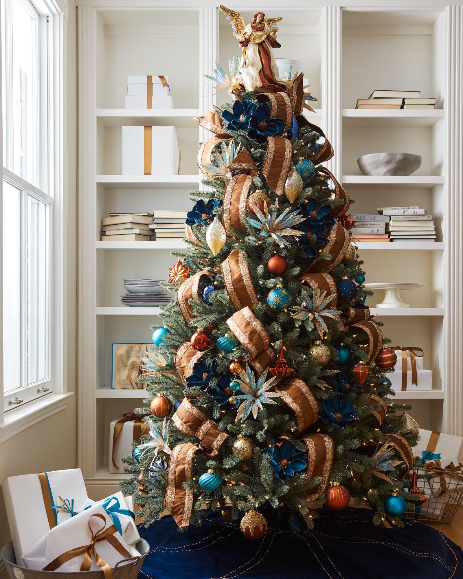 Lexington Christmas Ornament Set | Balsam Hill