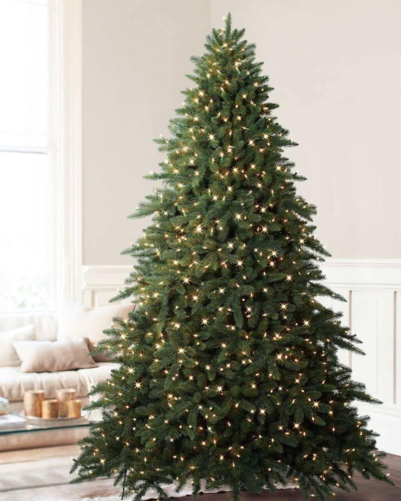 close - Best Fake Christmas Tree