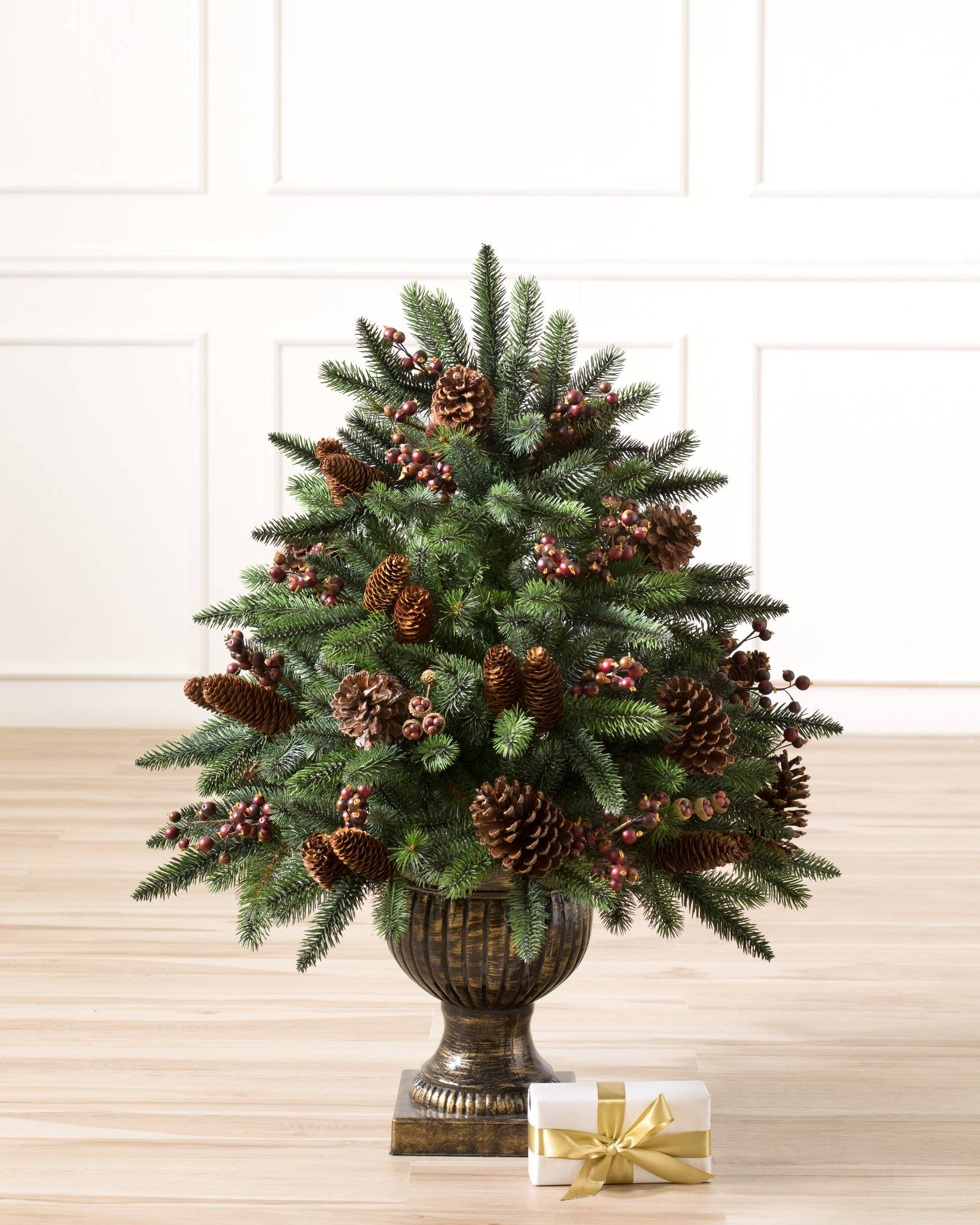 California Baby Redwood Artificial Potted Foliage Balsam