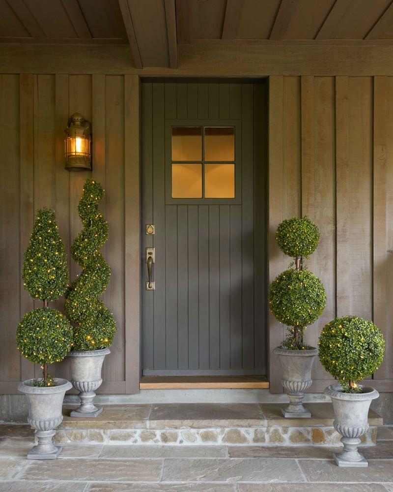 boxwood topiary alt